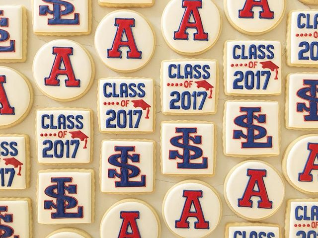 Congratulations grads!! #trophybaking #customcookies #icedcookies #pdxcookies #portland #lasalleprep