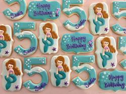Happy Birthday Sadie! 💜💜💜 #trophybaking #customcookies #icedcookies #portland #mermaidcookies
