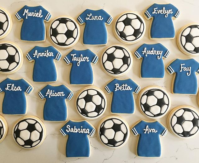 Goal! 😃  #trophybaking #customcookies #icedcookies #soccer #portland