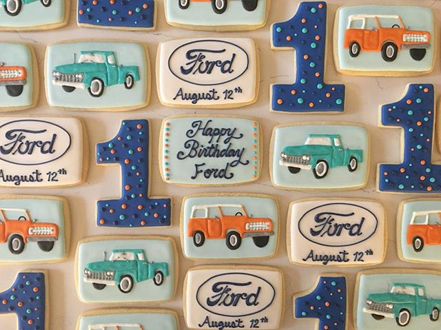 Happy Birthday Ford!! #trophybaking #customcookies #icedcookies #pdxcookies #portland #fordbronco #f