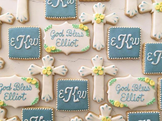 God bless Elliot #trophybaking #customcookies #firstcommunion #pdxcookies #portland _rhianakehrli
