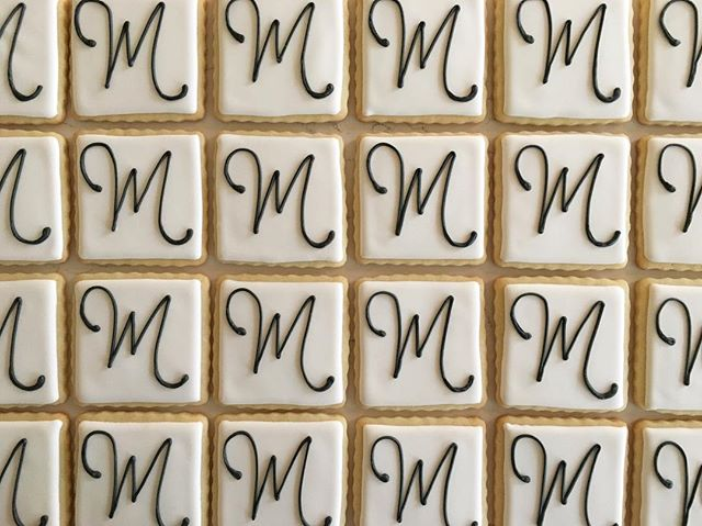 M is for Maison #trophybaking #cumstomcookies #icedcookies #portland _maisoninc