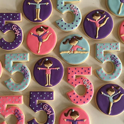 Happy Birthday Gigi 🎀 #trophybaking #customcookies #icedcookies #portland