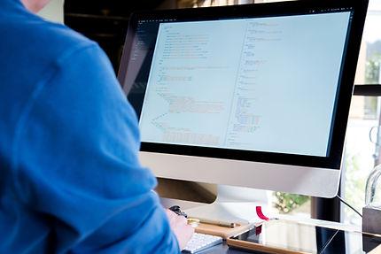 Applicatiioin Maintenance è più di un servizio di help desk tradizionale. I nostrii consulenti applicativi ti supporterannno nelle attività di manutenzione corretiva ed evolutiva delle soluzioni Suite HR
