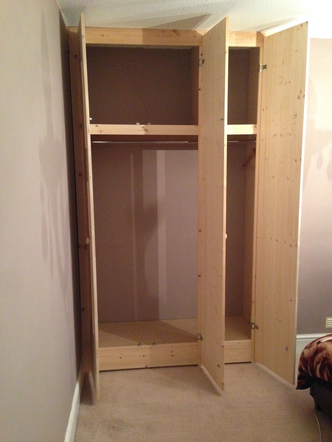 Three Door Wardrobe (Unpainted)