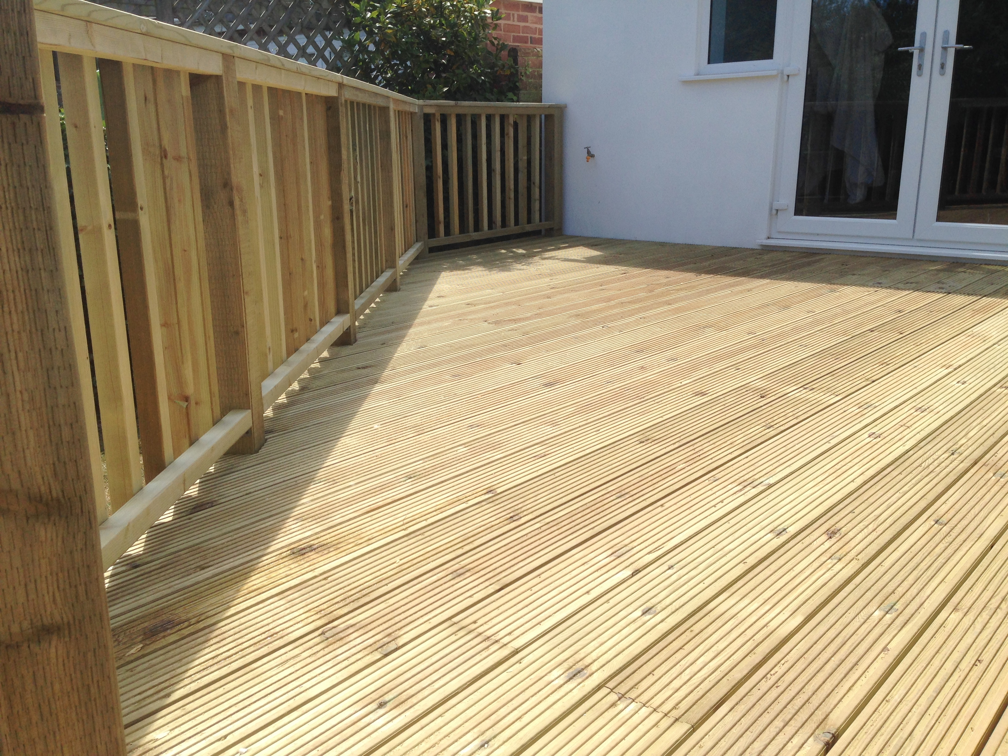 Raised Decking/American Balustrade