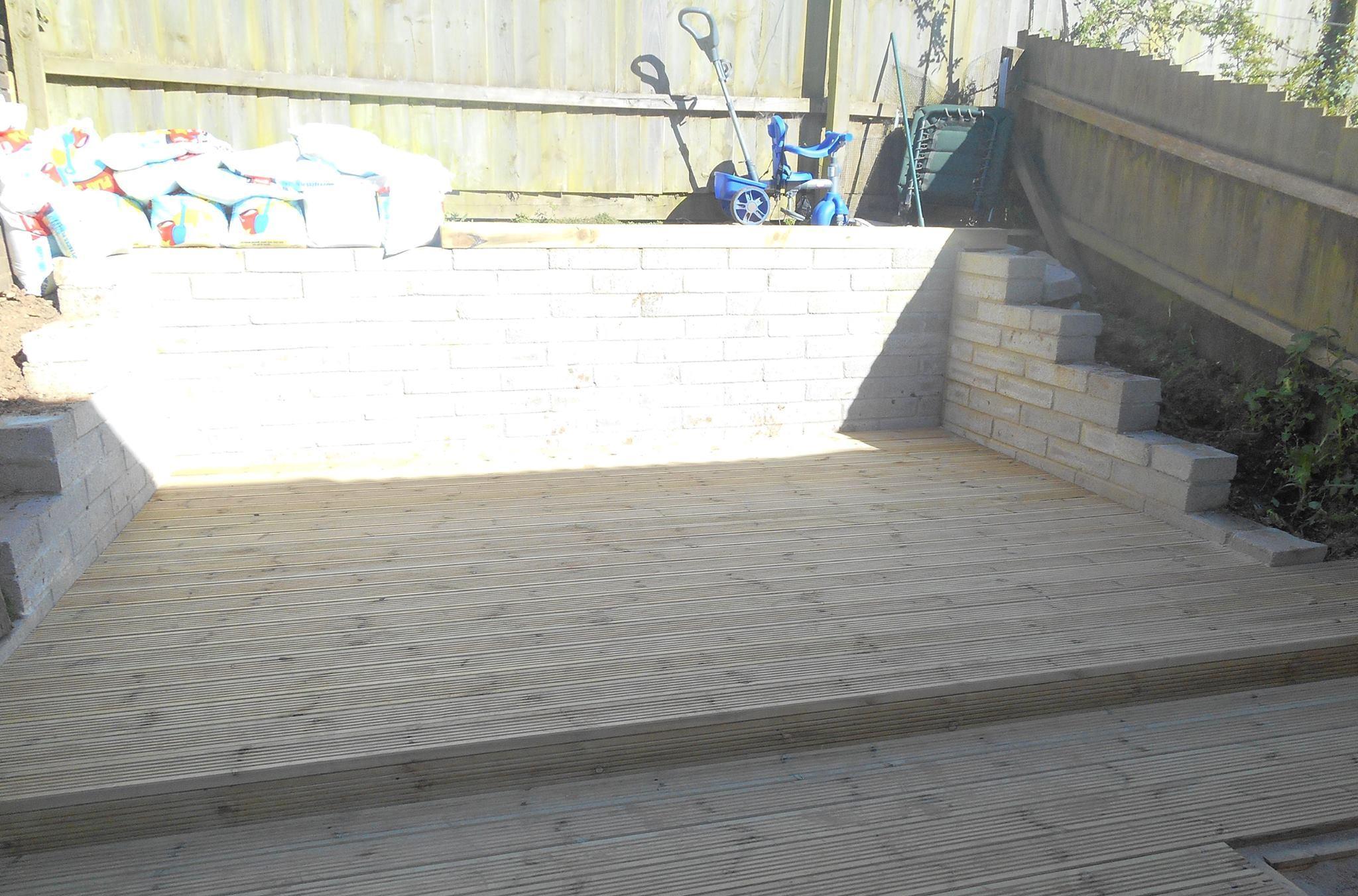 Decking/Sand Pit