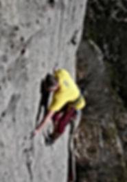 Andre Hueller beim Training der DiBaB GmbH im Klettergebiet Céüse