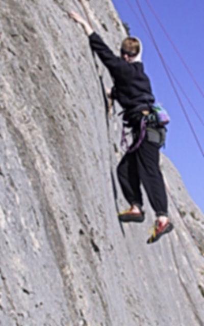 Ute Hueller beim Training der DiBaB GmbH die Bergsteiger am Bau