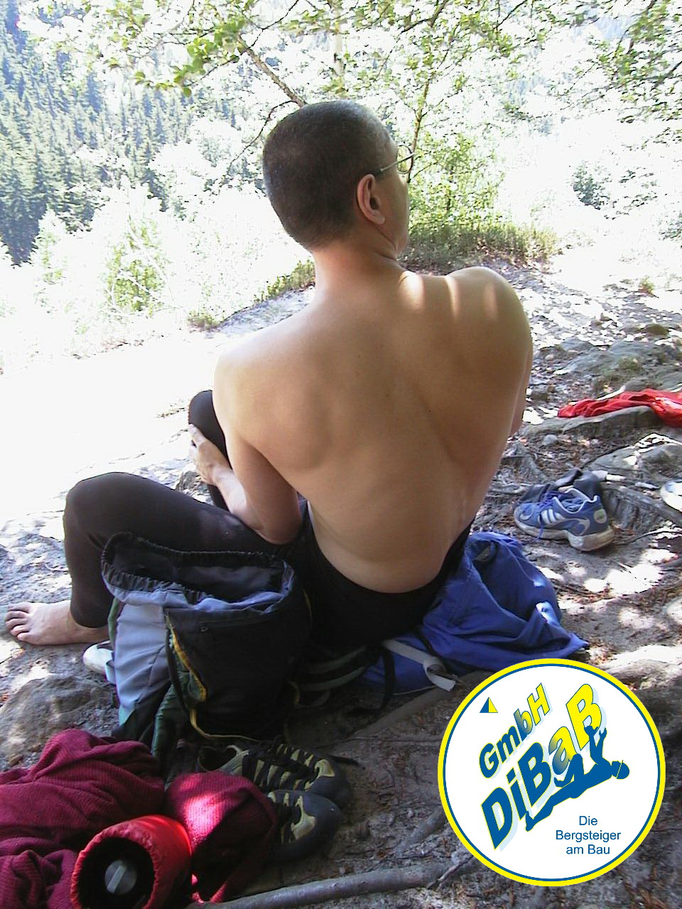 André Hüller in gutem Trainingszustand beim Klettern