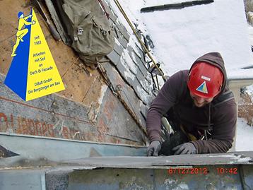 Dacharbeit im Winter 010.png