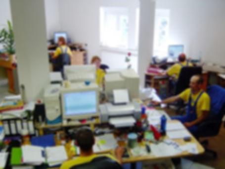 Dachnotdienst Büro der Dachsteiger von unserer DiBaB GmbH Die Bergsteiger am Bau in Dresden