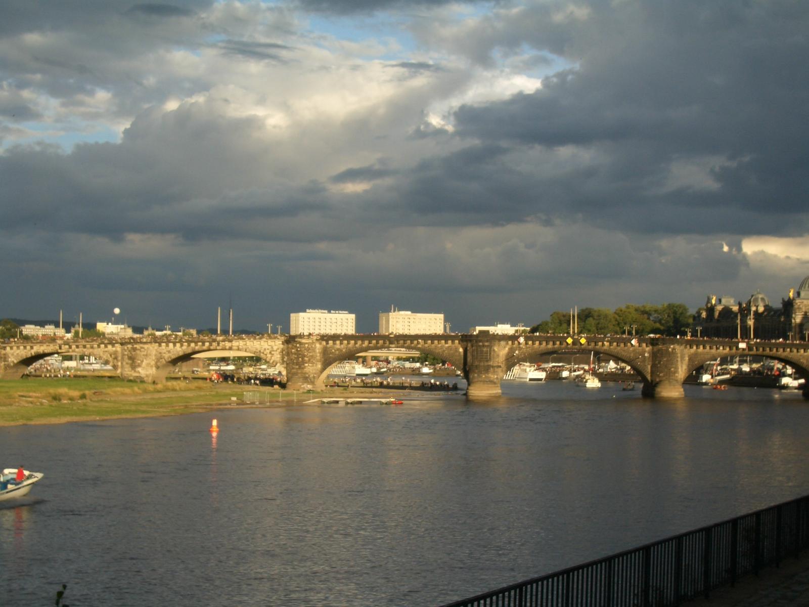 unsere Heimat Dresdenat