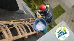 Dachreparatur, Dachsteiger, Dacharbeiten, Dachrinnenreinigung, Dachdecker, Bergsteiger, Dresden, Fre