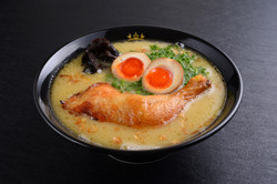 Tori King Ramen (Rich Soup)With Flavored egg