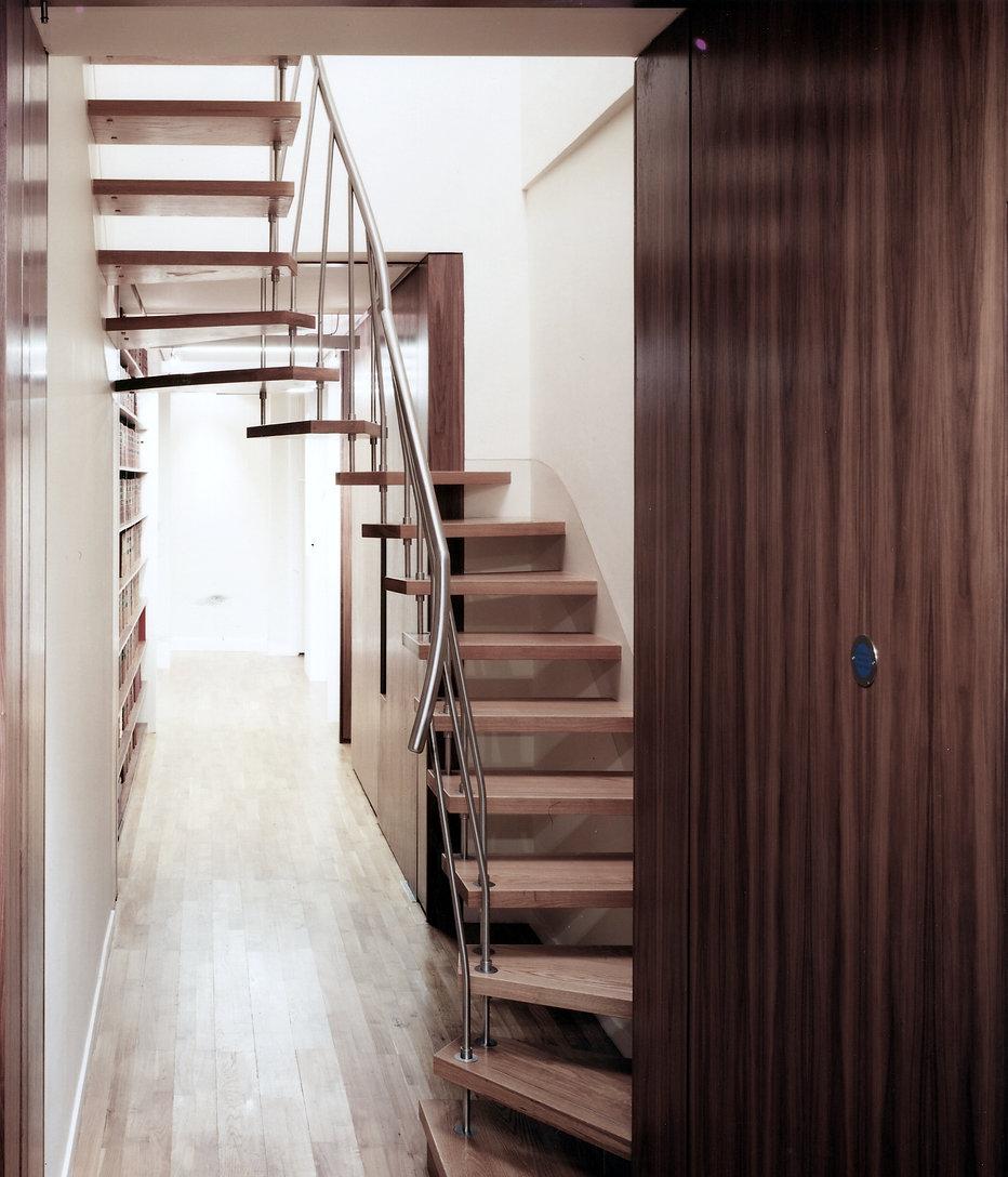 319 Stair.jpg