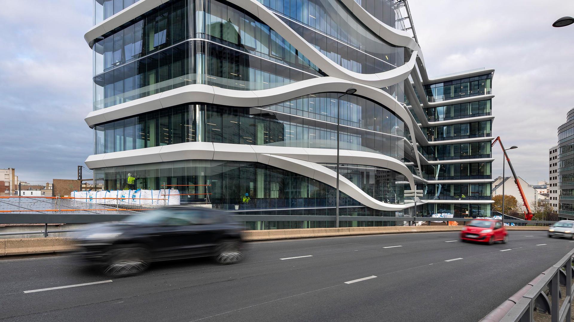 Latitude, Paris La Défense - France