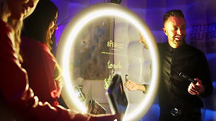 magical mirror booth