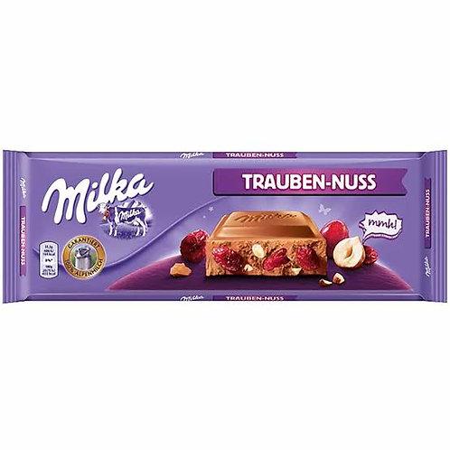 Milka max fruits & nuts