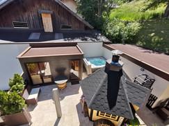 Sauna & Whirlpool