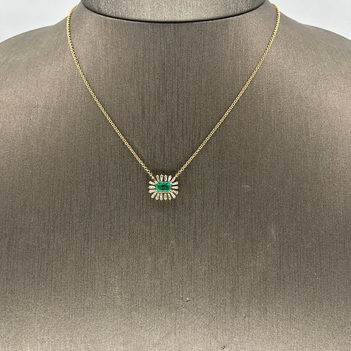 Emerald and Baguette diamond Necklace