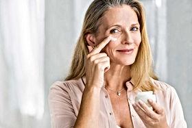 anti-aging-older-woman-AdobeStock_221797