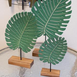 Wooden Leaf Decor