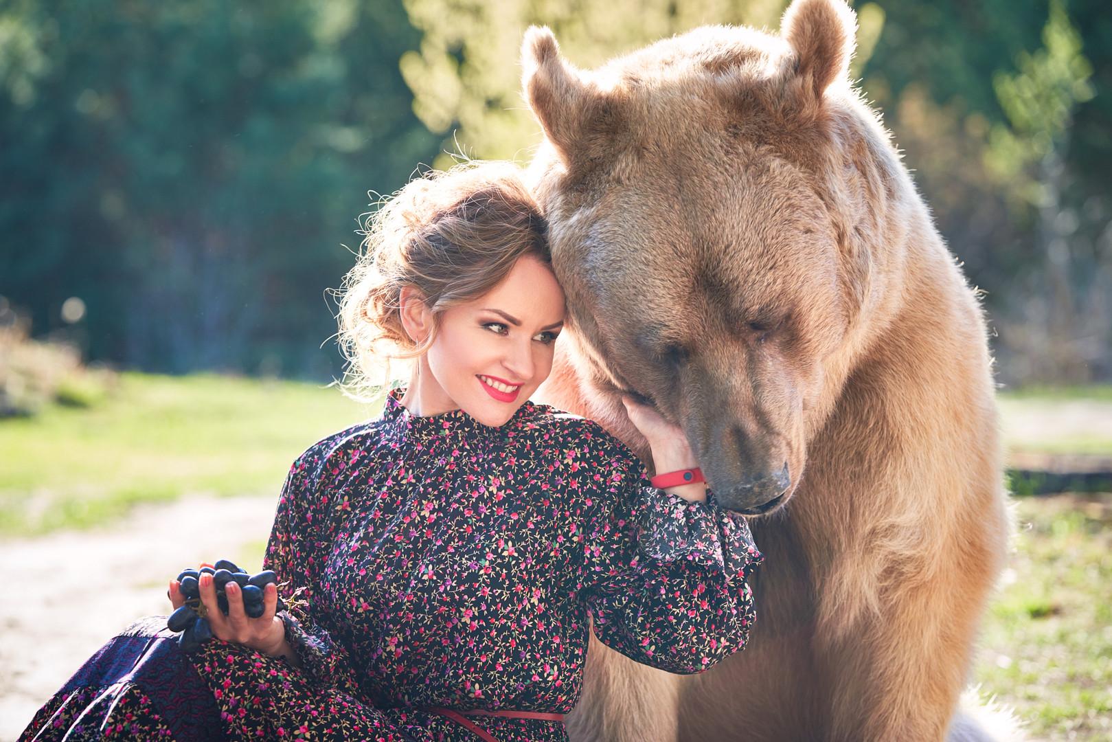 Медведь Степан и виноград