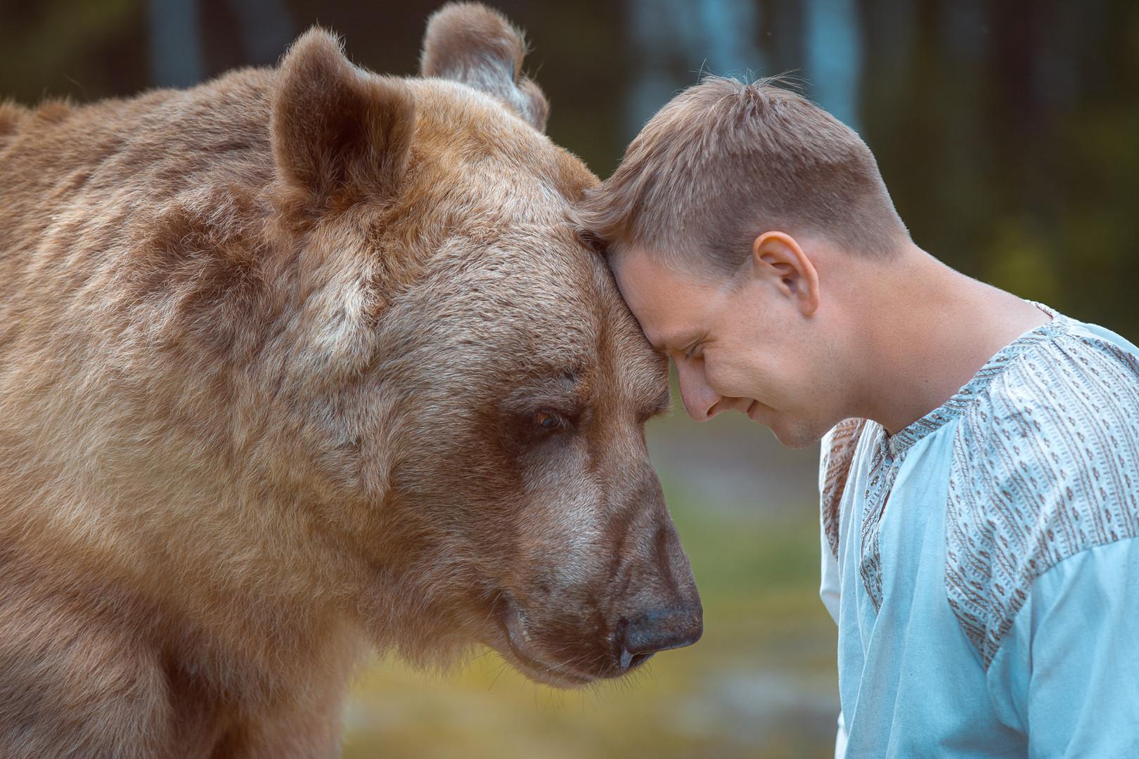 Глаза в глаза с медведем