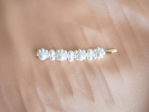 Slim Pearl Pin