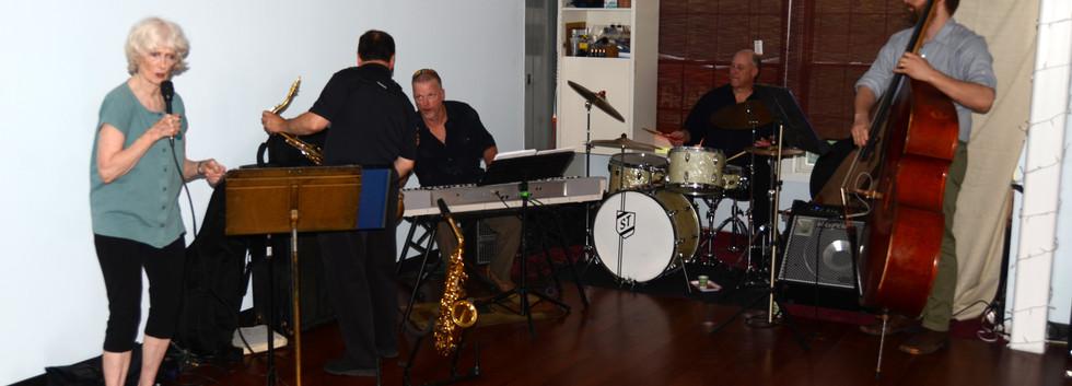 Susie Dean Jams with Greg Lofaro's Jazz trio