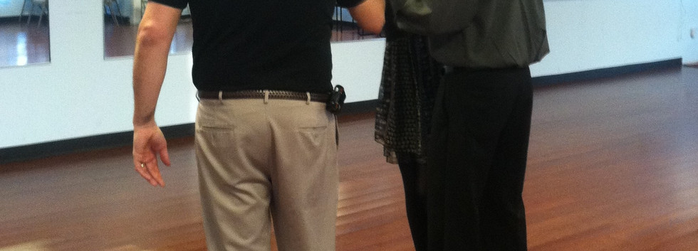 Maria and John learn Argentine Tango