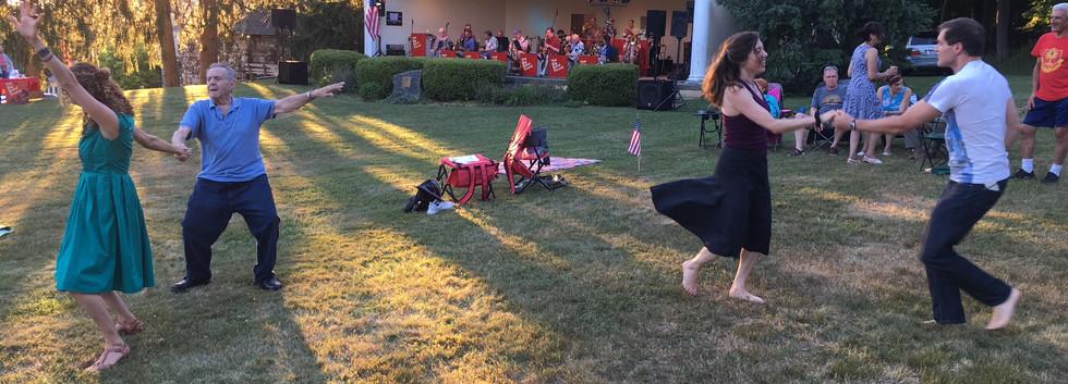Swing on the Lawn in Millbrook