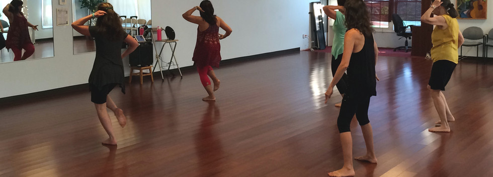 Bollywood class with Rupa