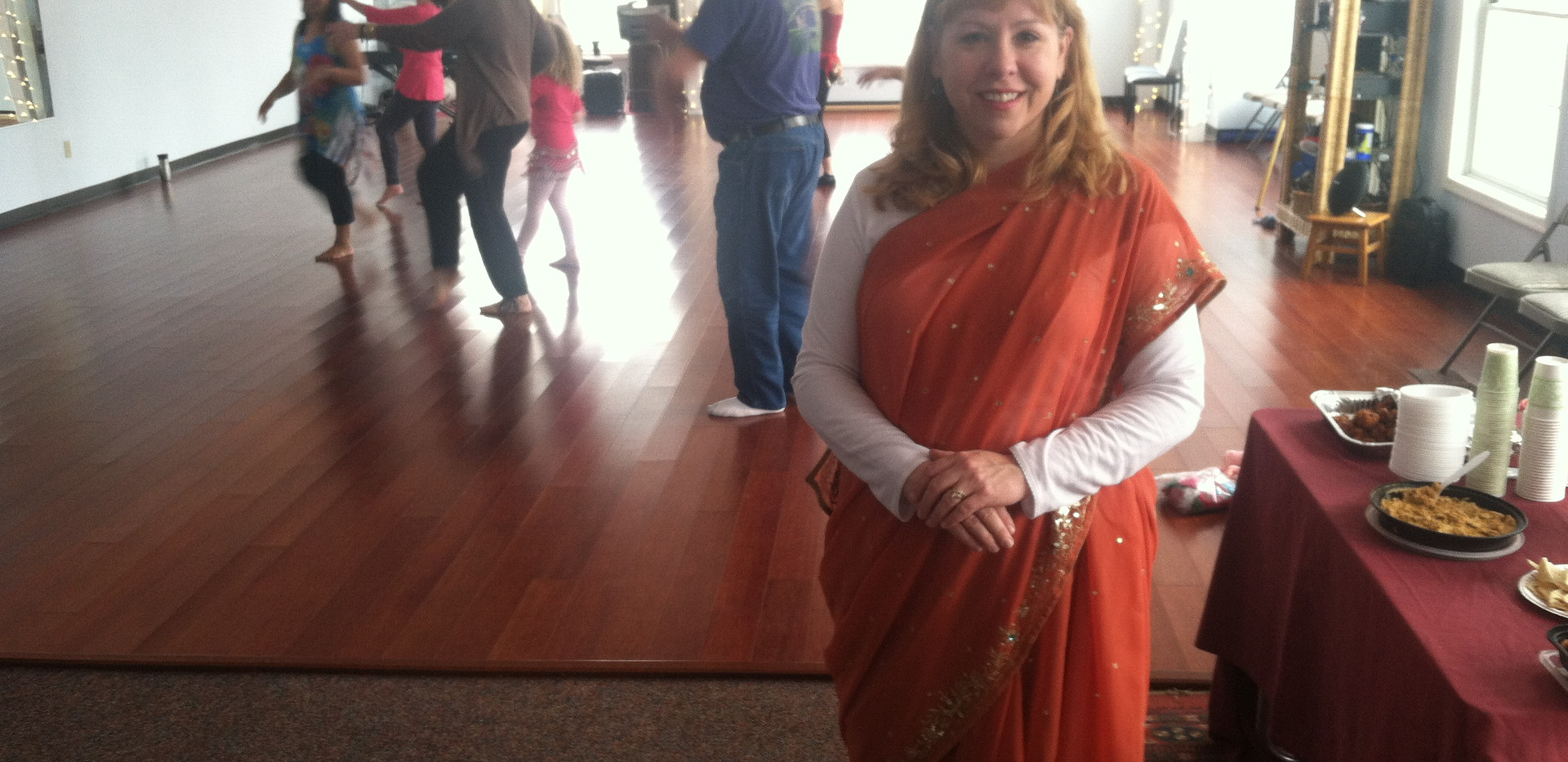 Julie dons a Sari for Rupa's Bollywood class