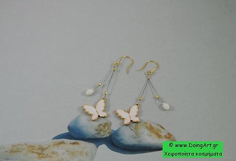 """Σκουλαρίκια  """"Πεταλούδα"""" με Λευκό κοράλλι."""