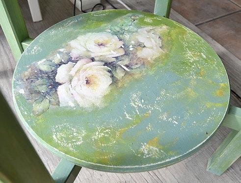 Ξύλινο τραπέζι με ζωγραφική