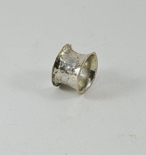 Σφυρήλατο Ασημένιο δακτυλίδι Νο 2