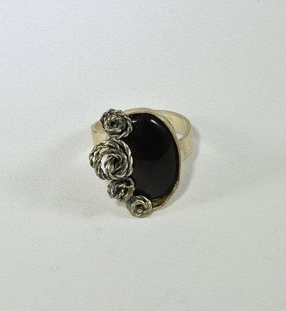Ασημένιο δακτυλίδι  με όνυχα