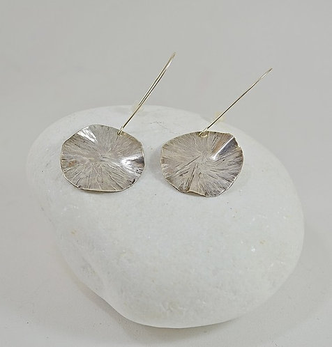 Σφυρήλατα ασημένια 925 σκουλαρίκια.