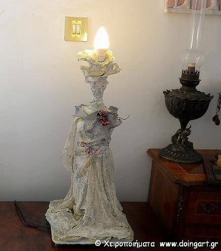 """Φωτιστικό """"Αρχαϊκή Κόρη"""""""
