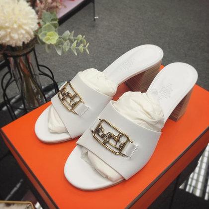 白色高跟涼鞋36.5