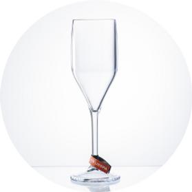sklenicka-champagne-cira.png