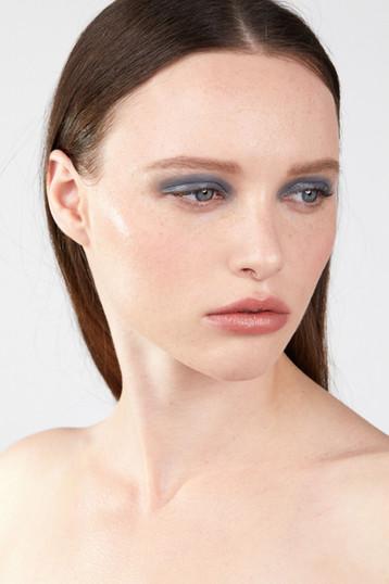 Photographer Daphné Launay Model Chloé Dupuis