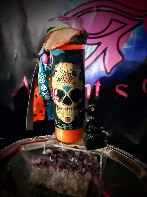 Lady Luck Suggie Candle
