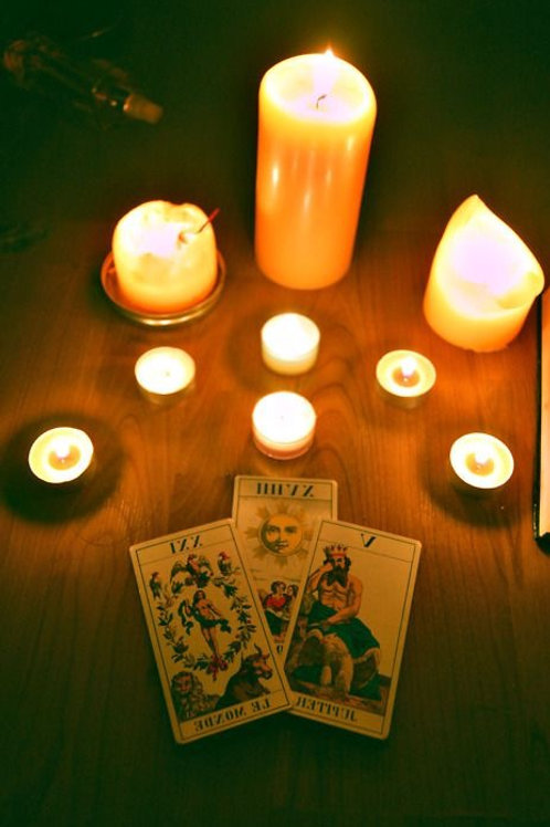 'WHAT'S YOUR DEAL?' TAROT READING