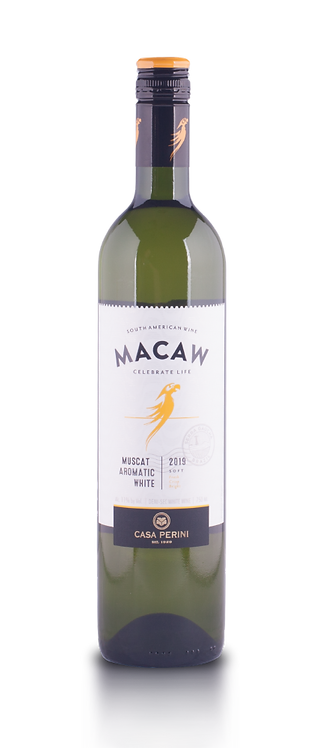 Macaw - Muscat