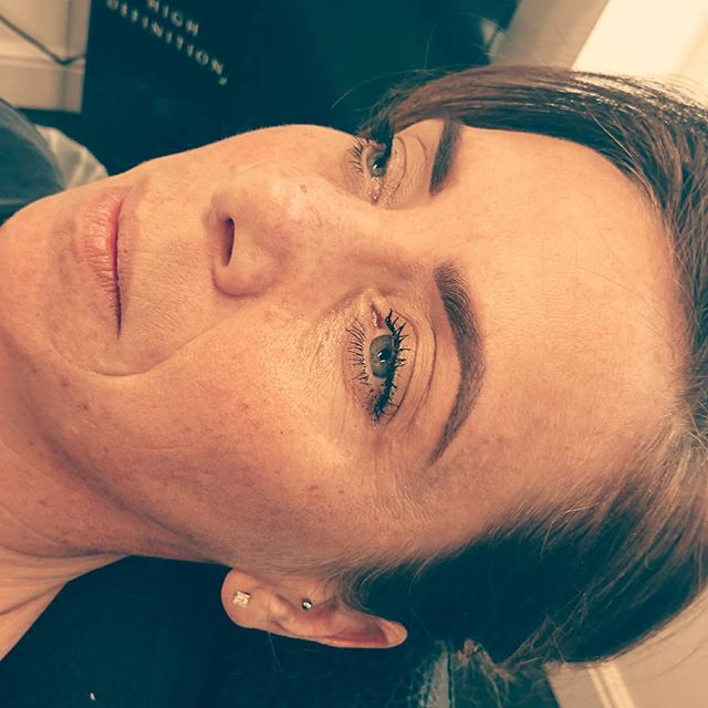 Power of the brow ✌️_#hdbrows#wakeupandmakeup#hdtraining#instablogger#instapic#brows#blogger#mua#mak