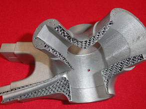 Using internal lattice structures to hollow out bulky parts