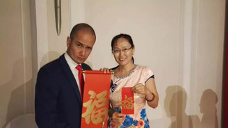 Chinese Calligraphy Event Service for Singtel DASH with Gurmit Singh